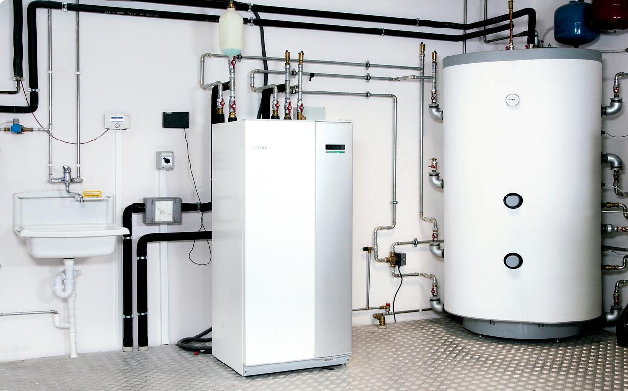 Czym ogrzewać dom: węgiel, biomasa, gaz czy pompa ciepła?