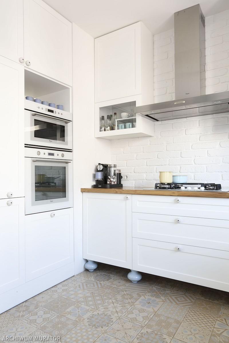 Biały klinkier w kuchni