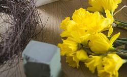 Zrób to sam: prosta i tania dekoracja domu na Wielkanoc. Ładny efekt!