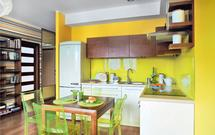 Kuchnia w cytrusowych barwach. Jak ożywić wnętrze kuchni?