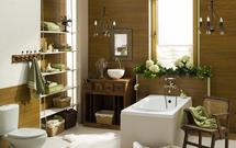 Łazienka w drewnie – teak, iroko, a może fornir