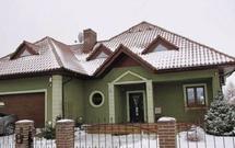 Rosnące opłaty eksploatacyjne zimą. Sposoby na niższe koszty ogrzewania, rachunki za prąd i odśnieżanie