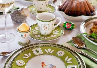 Świątecznie na wielkanocnym stole. Najpiękniejsze ozdoby wielkanocne przy świątecznym śniadaniu