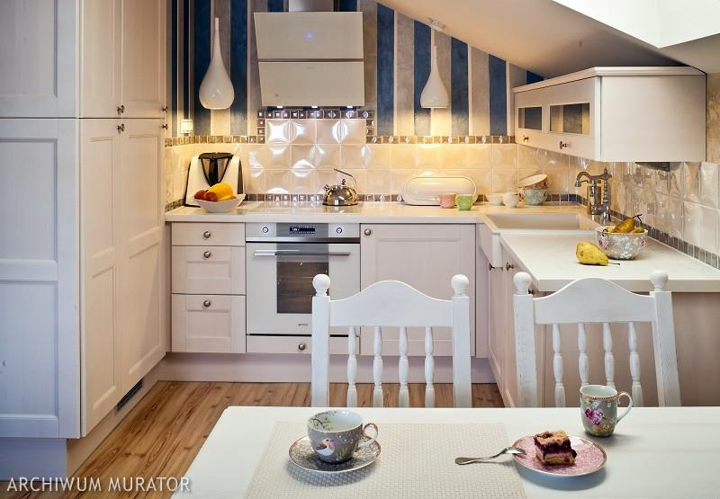 Galeria zdjęć  Aranżacja kuchni na poddaszu Galeria   -> Kuchnie Na Poddaszu Z Jadalnia