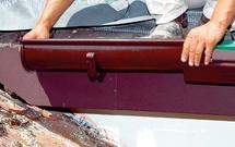 Orynnowanie starego dachu. Wymieniać czy naprawiać rynny i rury spustowe?