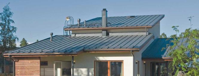 Blacha dachowa montowana na rąbek stojący