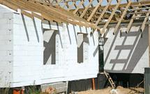 Zasady murowania z betonu komórkowego. Jak powstają ściany z gazobetonu?