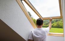 Okna dachowe – komfort świetlny na poddaszu