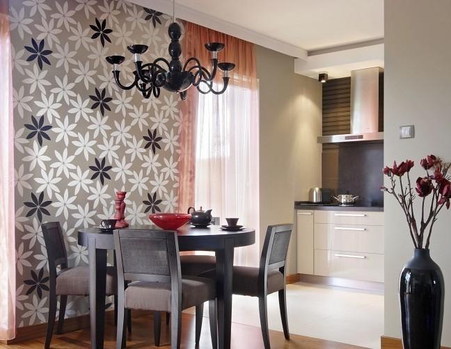 Galeria zdjęć  Stół do jadalni  w kuchni, w salonie, a   -> Kuchnia Z Jadalnią I Kominkiem