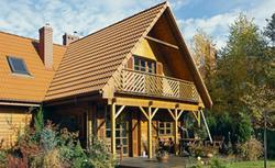 Dom drewniany całoroczny, a jak letniskowy. Z fascynacji letniskiem