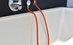 Słuchawki i główki prysznicowe: elementy baterii wannowych i prysznicowych