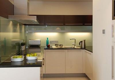 Kuchnia w nowej odsłonie. Pomysł na szybki remont - jak to zrobić za niewielkie pieniądze?
